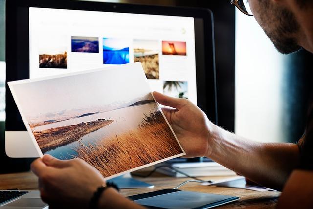 Le professionnel est en mesure de trouver les formats et les angles de prises de vue en accord avec les besoins